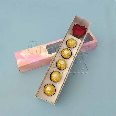 Caixa para 5 doces ou bombons e rosa - aquarela